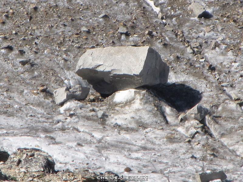 Gletschertisch auf Morteratschgletscher